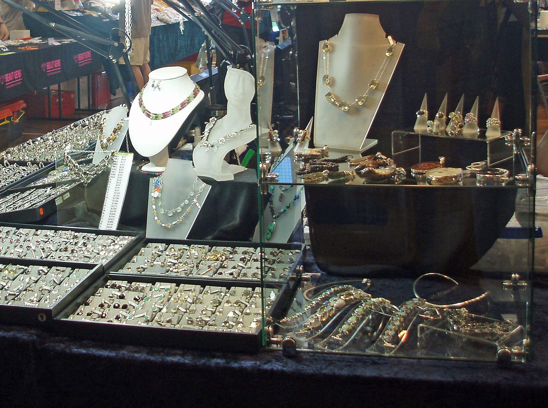 Toowoomba Gemfest - Gems and Jewellery - Tourism Cairns