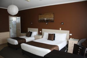 Lakeview Motel and Apartments - Tourism Cairns