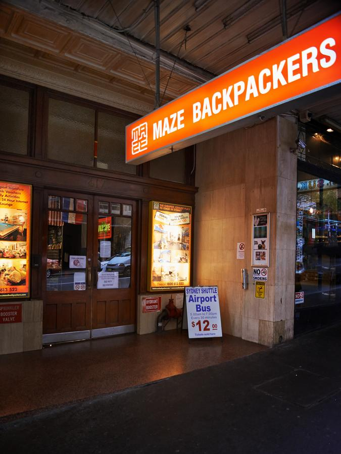 Maze Backpackers - Sydney - Tourism Cairns