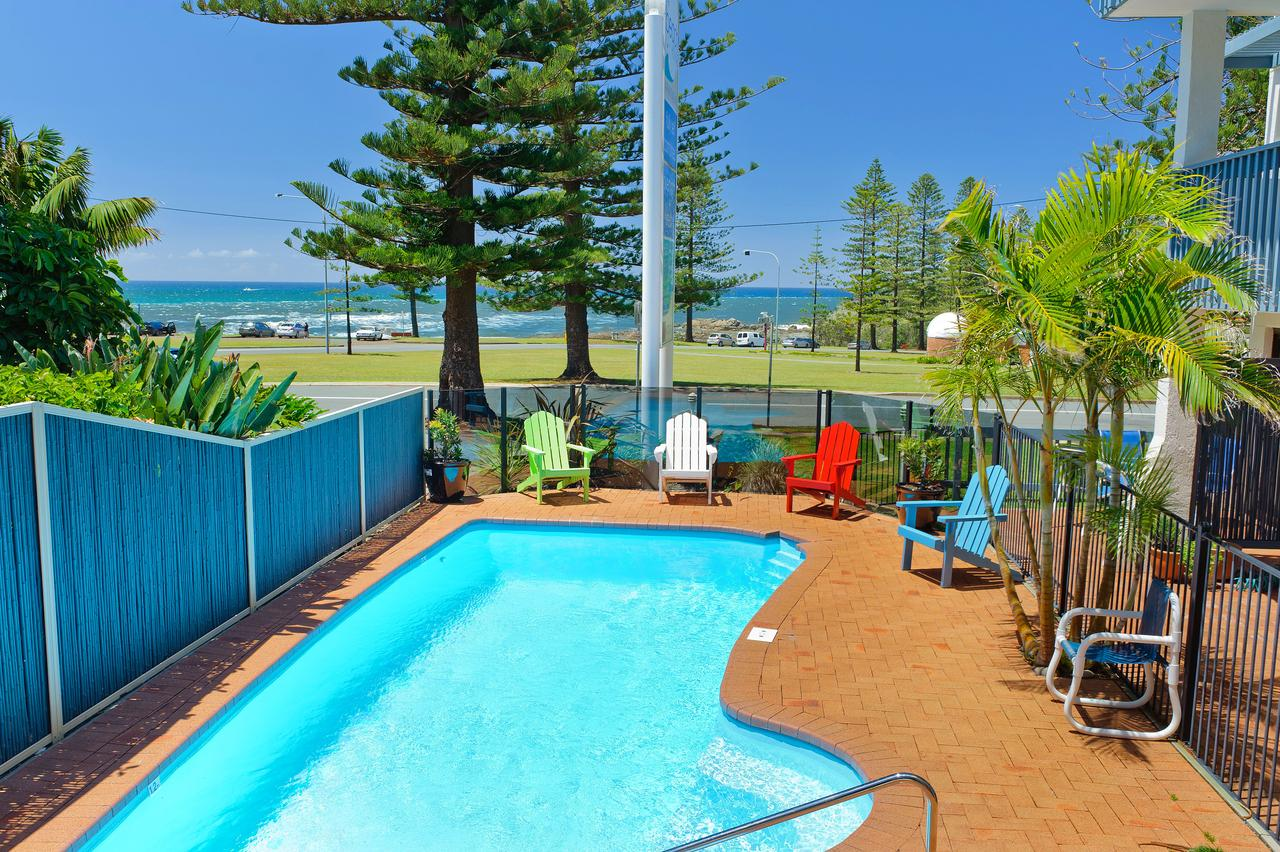 Beach House Holiday Apartments - Tourism Cairns