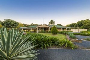 Bonville Lodge Bed  Breakfast - Tourism Cairns