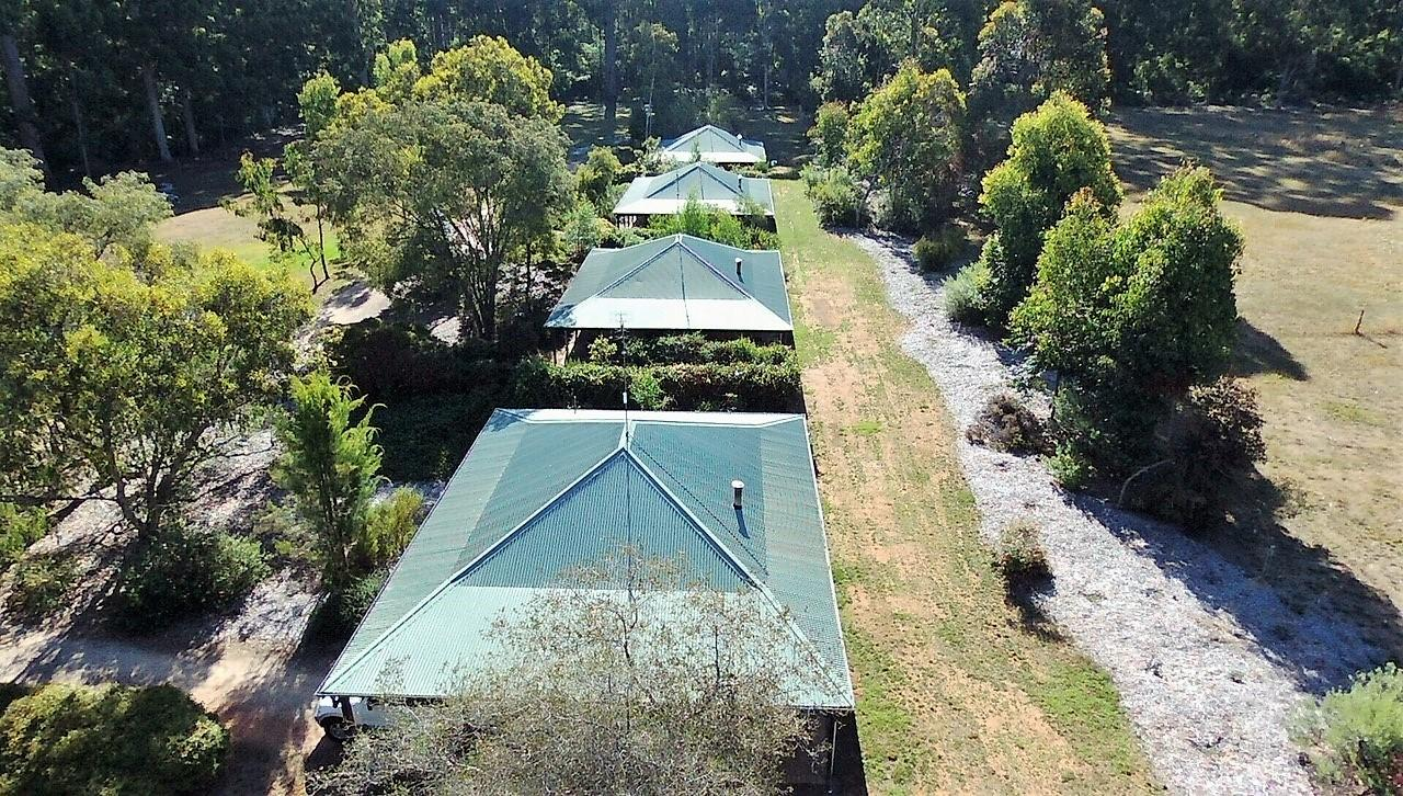 Treenbrook Cottages - Tourism Cairns