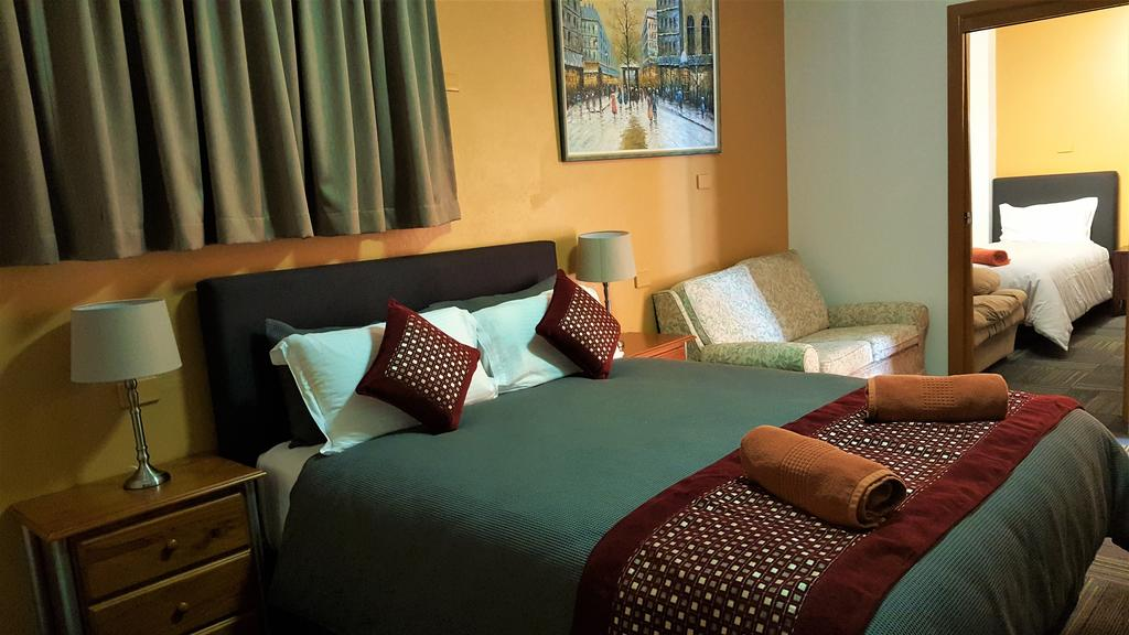 New Olympic Motel - Tourism Cairns