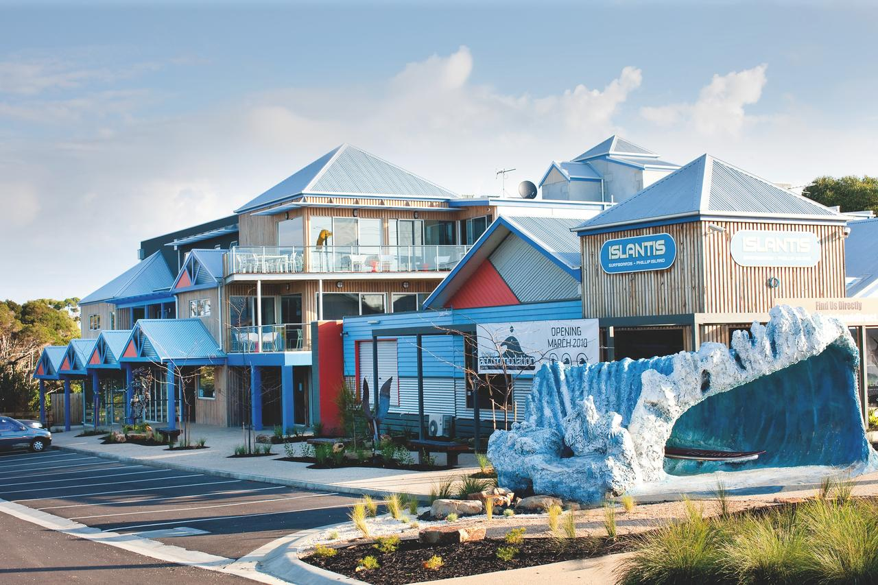 The Island Accommodation - Tourism Cairns