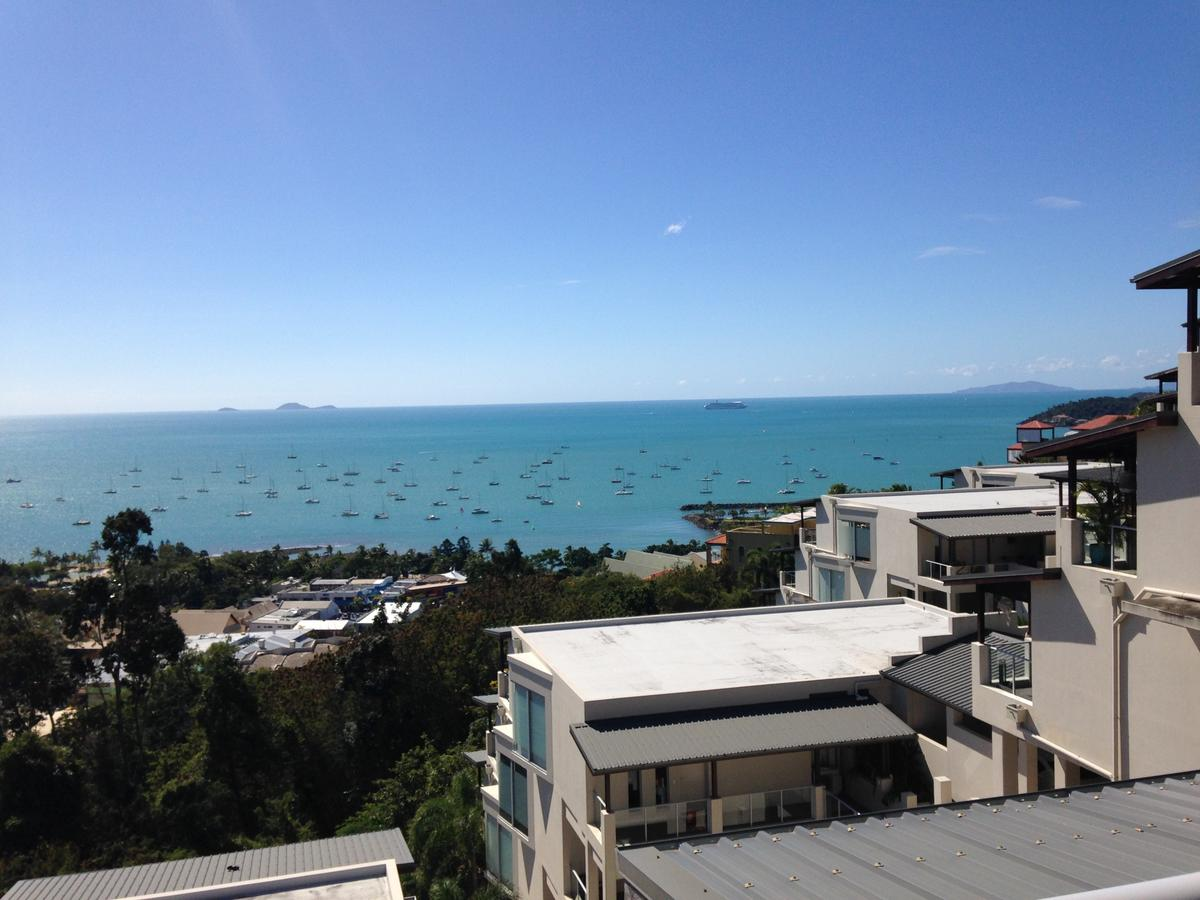Whitsunday Reflections - Tourism Cairns