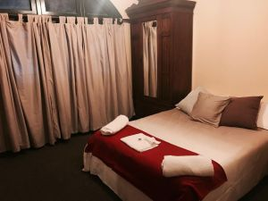 Bellbird Hotel - Tourism Cairns