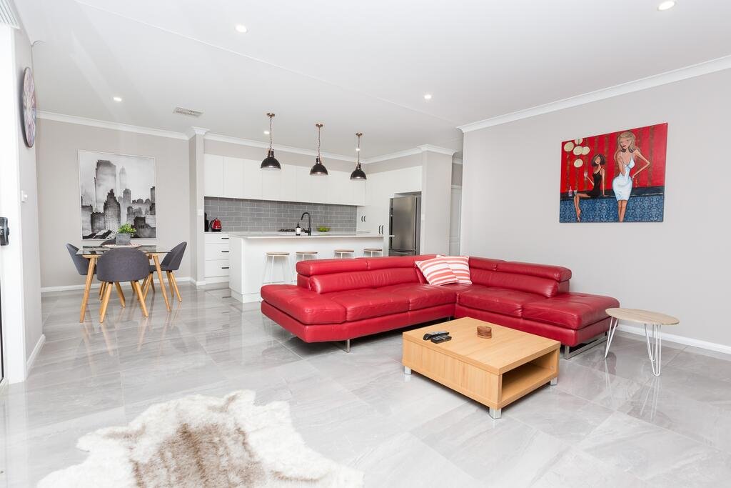 Best Central Wagga Townhouse - Tourism Cairns
